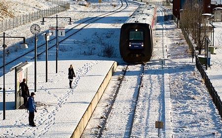 Y2 1384 ankommer Åtvidabergs Station